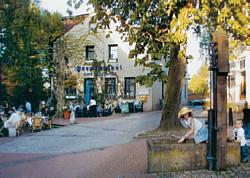 27305 Bruchhausen Vilsen Tel: 04252 1865. Fax: 04252 1765. E Mail:  Mail@hotel Perpendikel.de. Internet: Www.hotel Perpendikel.de