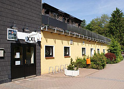 27305 Bruchhausen Vilsen Tel: 04252 2396. Tel: 04252 2680. E Mail:  Info@dillertal.de. Internet:  Www.dillertal.de/restaurants/xxl Kartoffelhaus.html